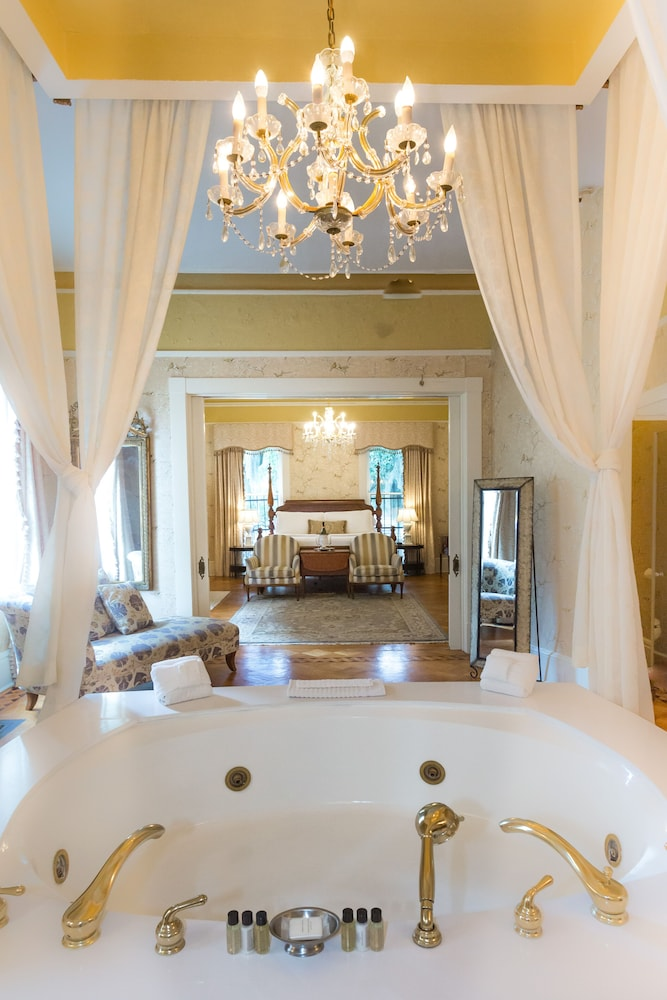 Private Spa Tub, The Gastonian, Historic Inns of Savannah Collection