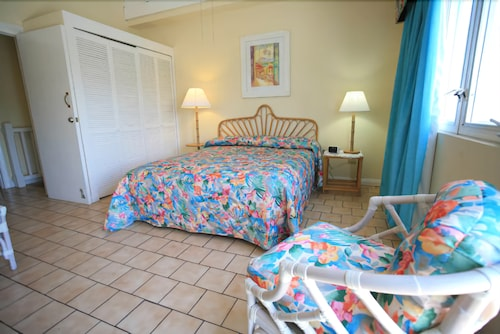 Timothy Beach Resort 3 0 Out Of 5 Exterior Featured Image Guestroom