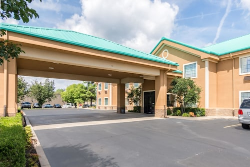 Great Place to stay Quality Inn & Suites near Alma