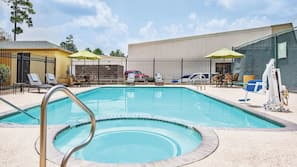 Outdoor pool, open 6:00 AM to 9:30 PM, pool umbrellas, sun loungers