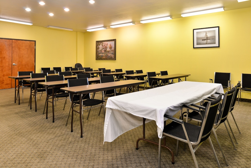 Meeting Facility, Microtel Inn & Suites by Wyndham Ft. Worth North/At Fossil