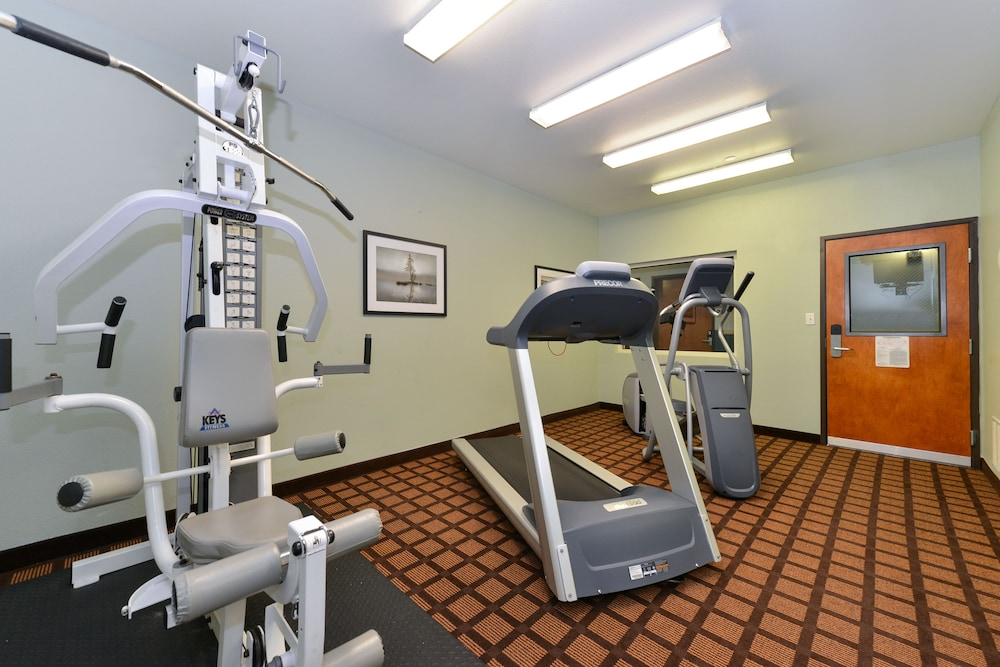 Gym, Microtel Inn & Suites by Wyndham Ft. Worth North/At Fossil