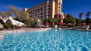 Seasonal outdoor pool, open 9:00 AM to 5:00 PM, cabanas (surcharge)