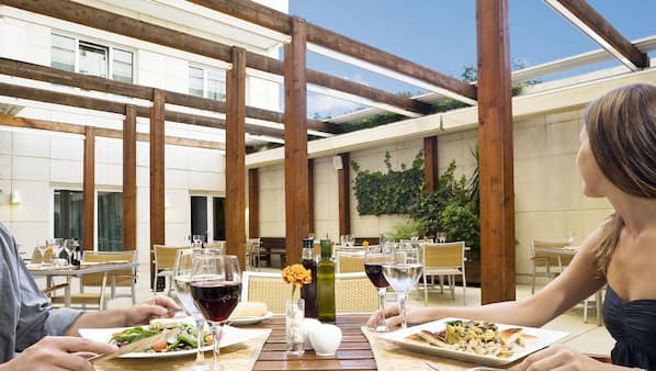 Lunch and dinner served, Mediterranean cuisine