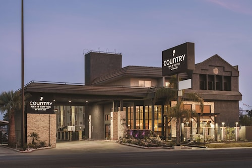 Country Inn & Suites by Radisson, Bakersfield, CA