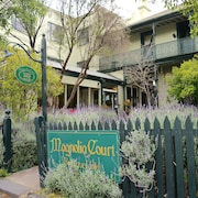 Magnolia Court Boutique Hotel Melbourne