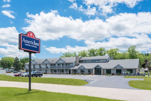 AmericInn by Wyndham Lake City