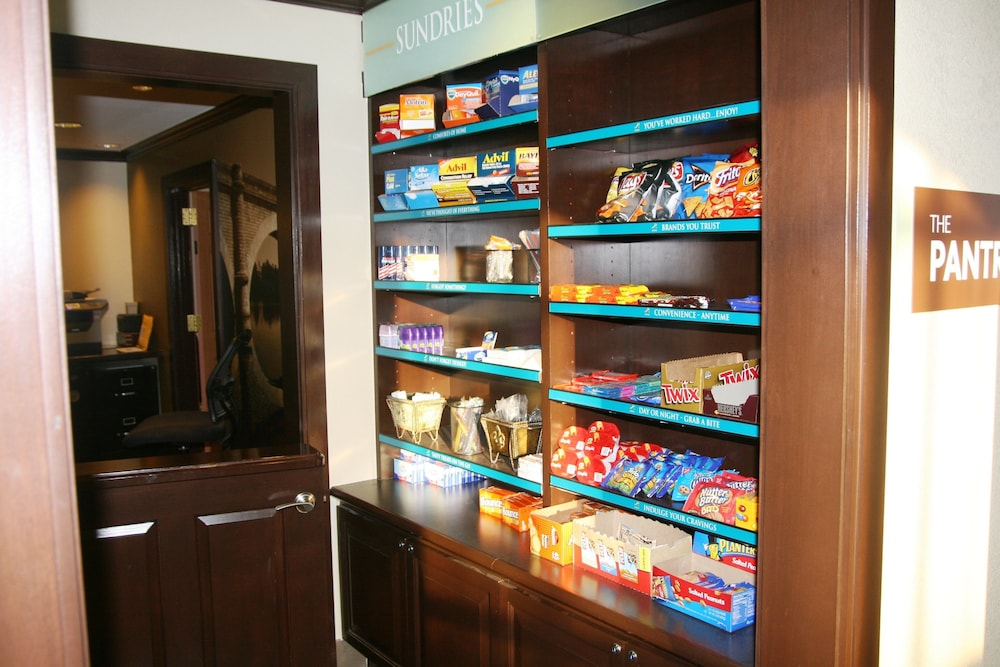 Gift Shop, Staybridge Suites Woodland Hills, an IHG Hotel