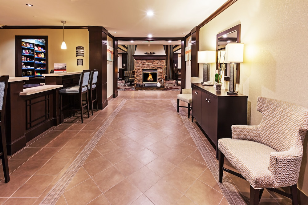 Lobby, Staybridge Suites Woodland Hills, an IHG Hotel