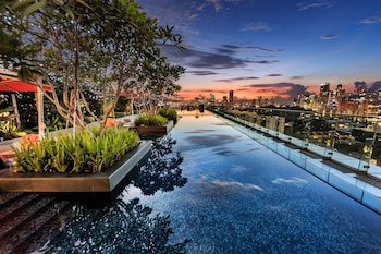 JEN Singapore Orchardgateway by Shangri-La