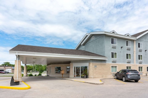 Super 8 by Wyndham Winnipeg West