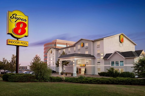 Super 8 by Wyndham Ajax/Toronto On