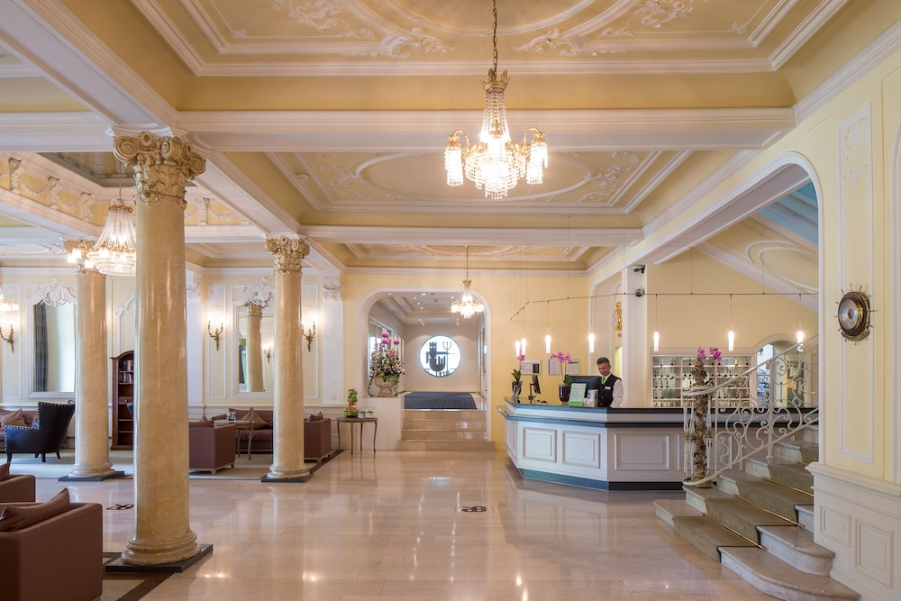 Reception, Lindner Grand Hotel Beau Rivage
