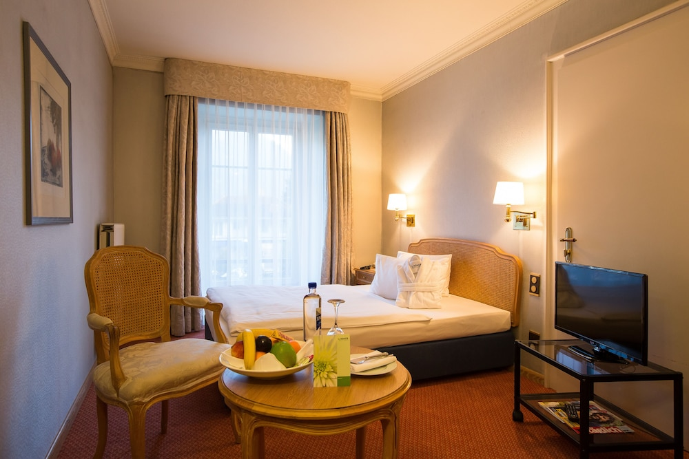 Room, Lindner Grand Hotel Beau Rivage