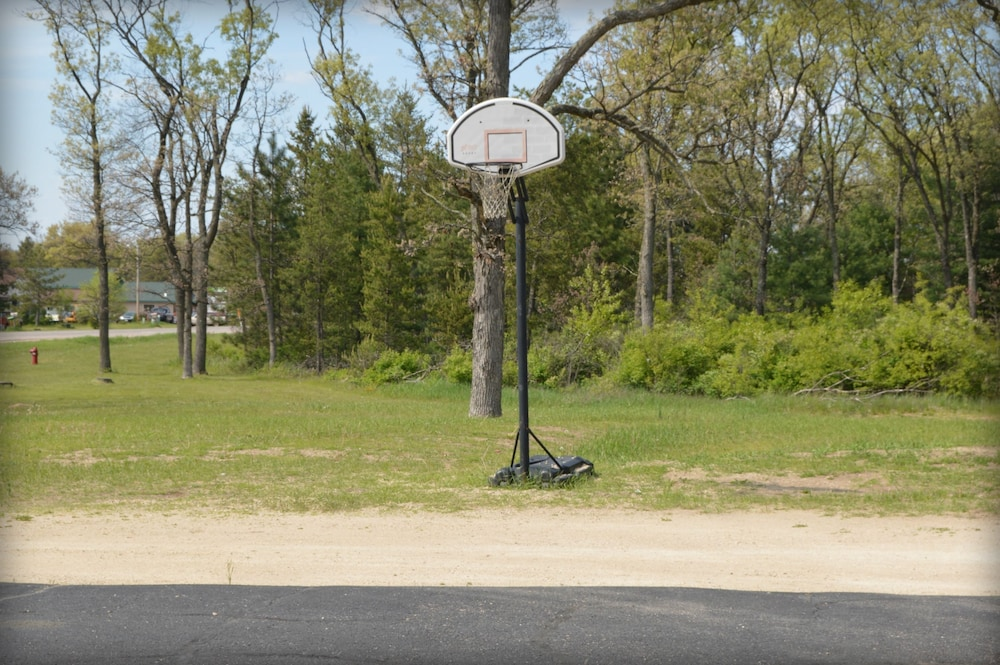 Basketball Court, Adams Inn
