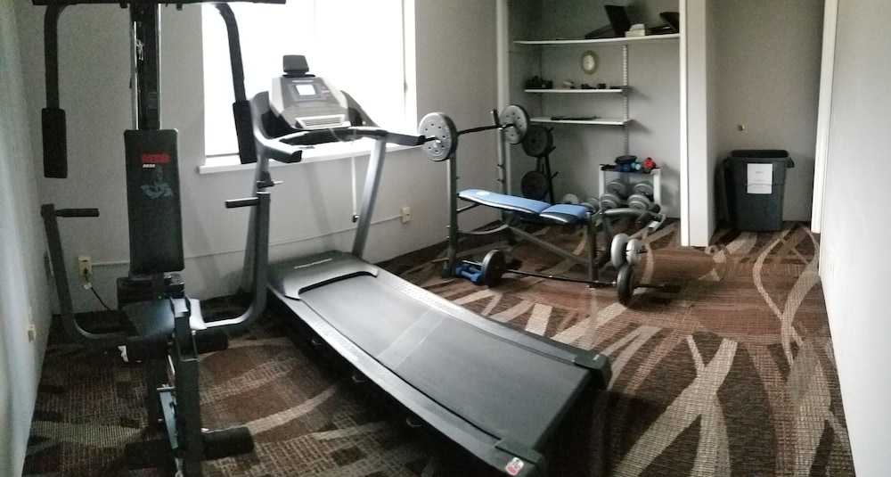 Fitness Facility, Adams Inn