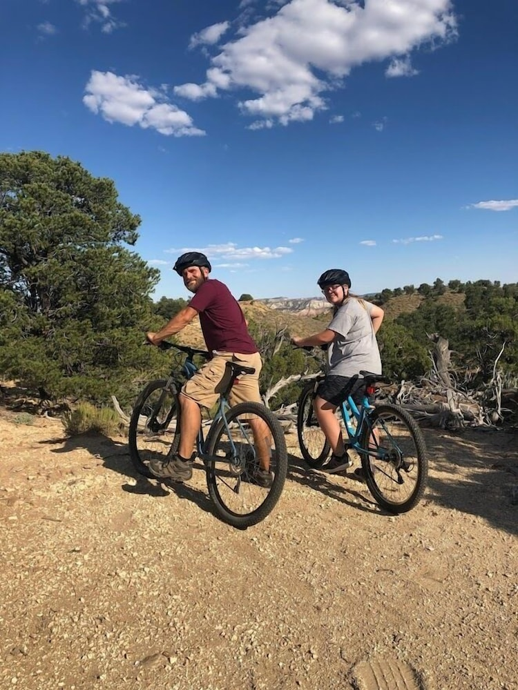Bicycling, Bryce Canyon Resort