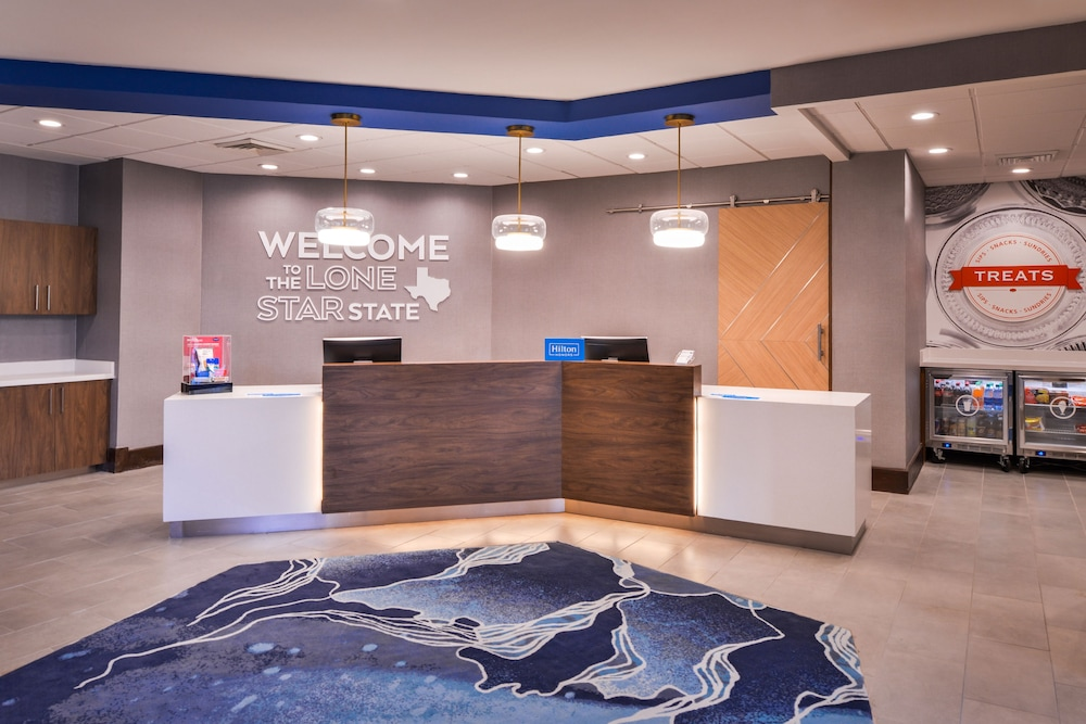 Reception, Hampton Inn & Suites Legacy Park-Frisco