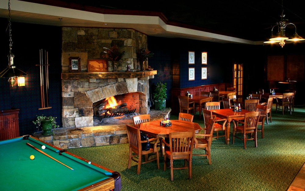 Bar, Brasstown Valley Resort & Spa