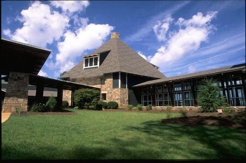 Property Entrance, Brasstown Valley Resort & Spa