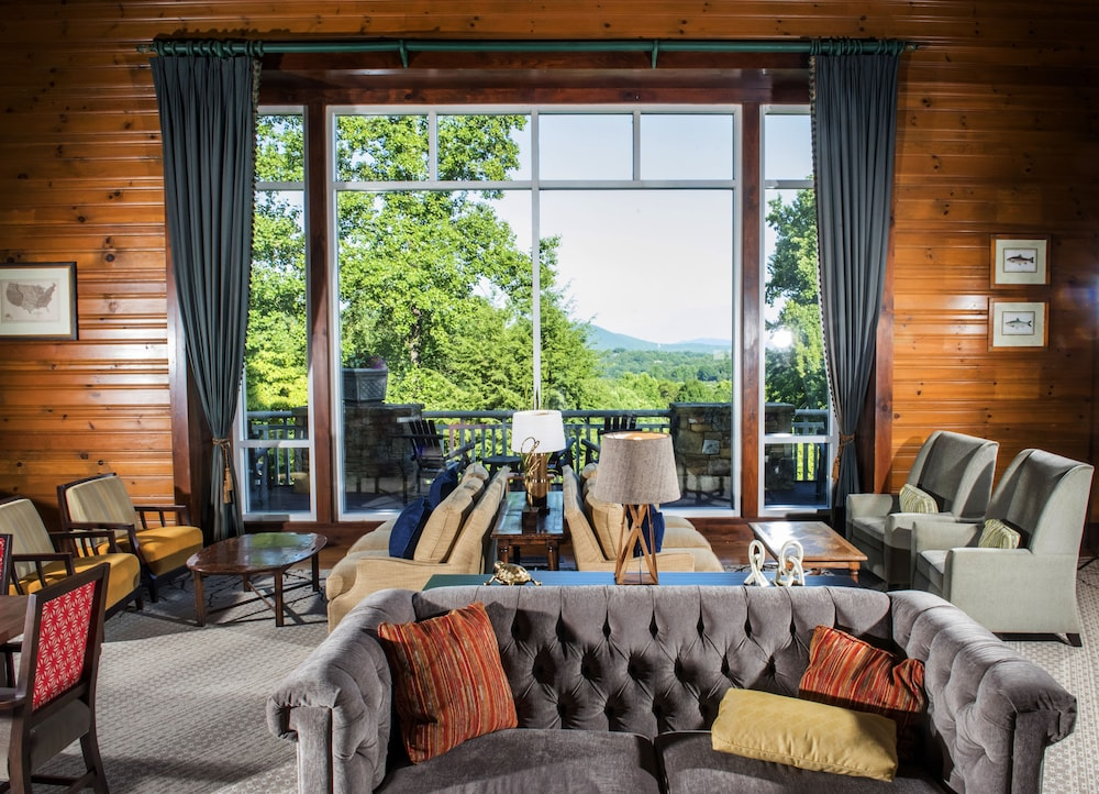 Lobby Sitting Area, Brasstown Valley Resort & Spa