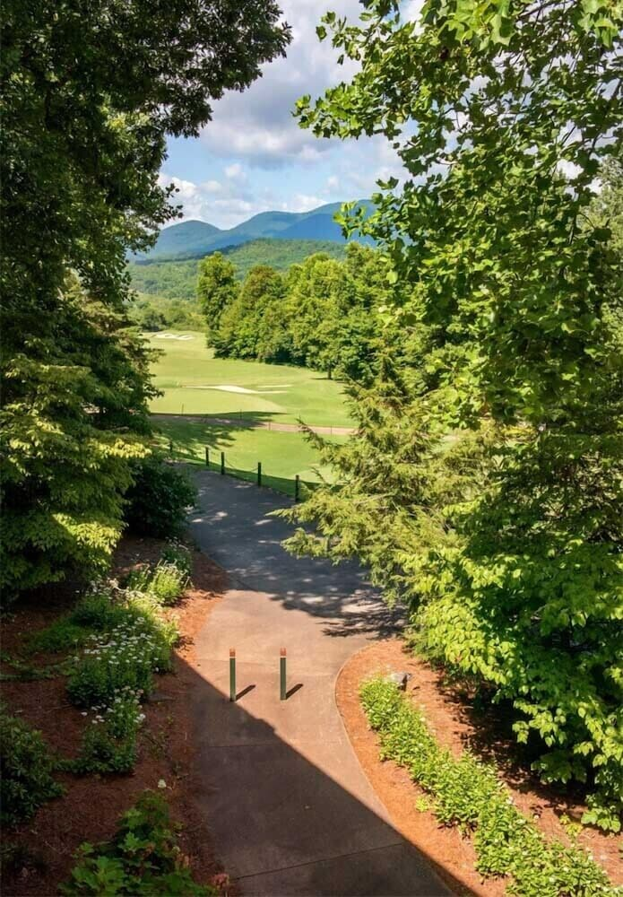 Property Grounds, Brasstown Valley Resort & Spa