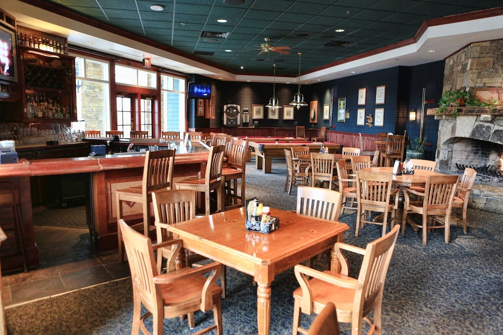Sports Bar, Brasstown Valley Resort & Spa