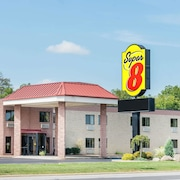 Super 8 by Wyndham Milan/Sandusky Area
