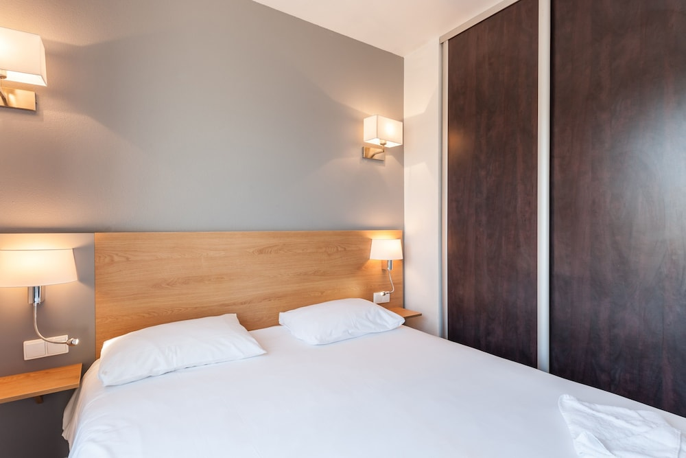 Residhotel Grand Prado  Marseille  France