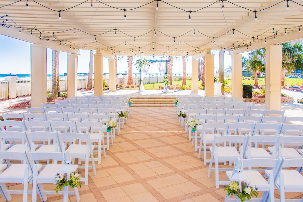 Outdoor Wedding Area, Hilton Pensacola Beach
