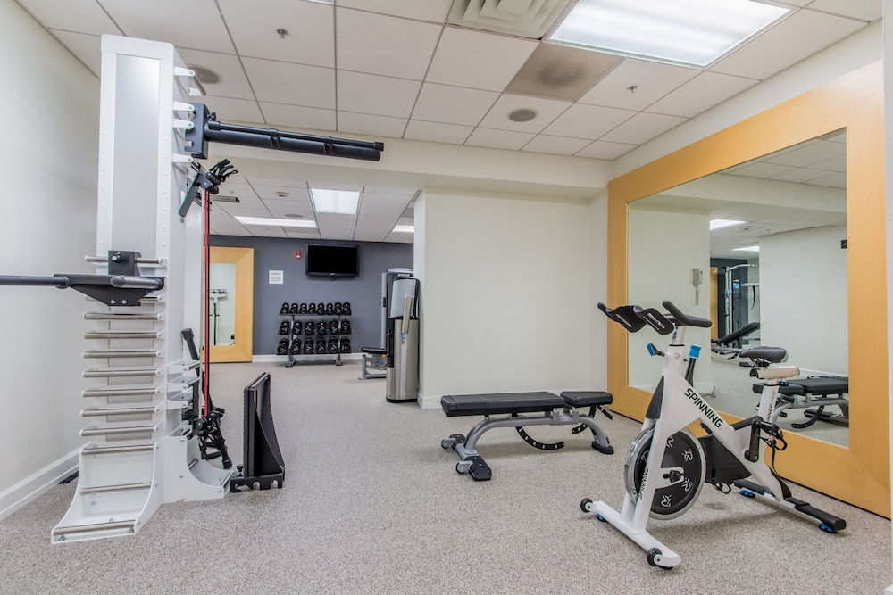 Gym, Hilton Pensacola Beach