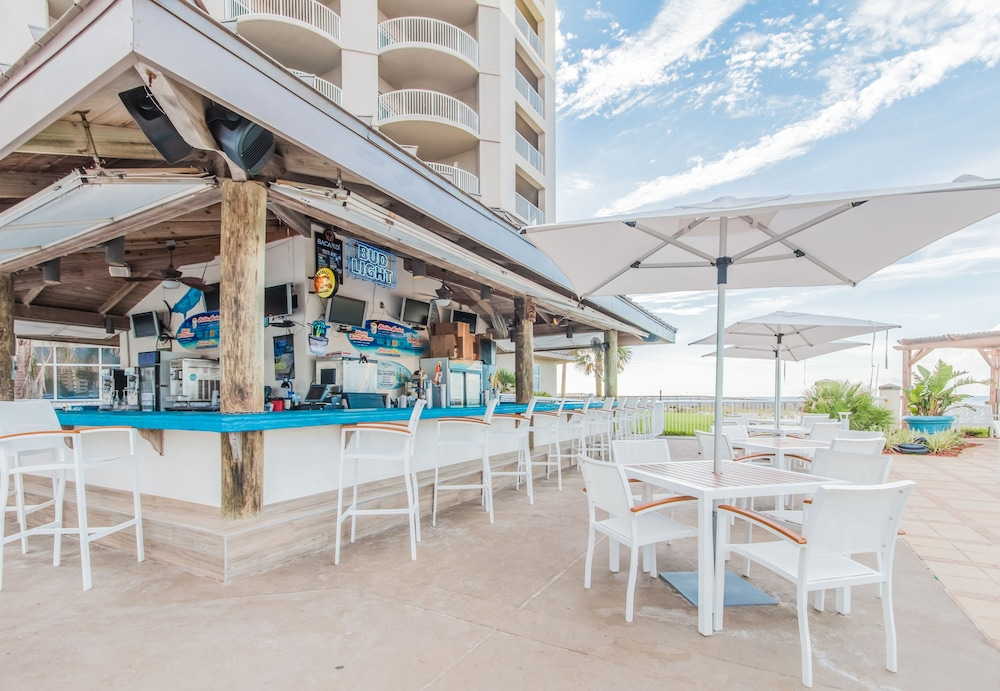 Poolside Bar, Hilton Pensacola Beach
