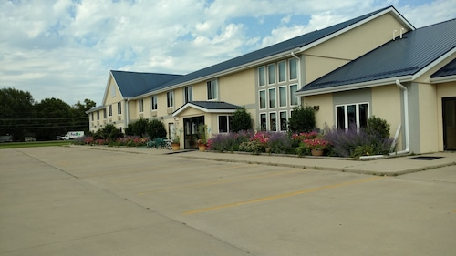 De Smet Super Deluxe Inn and Suites