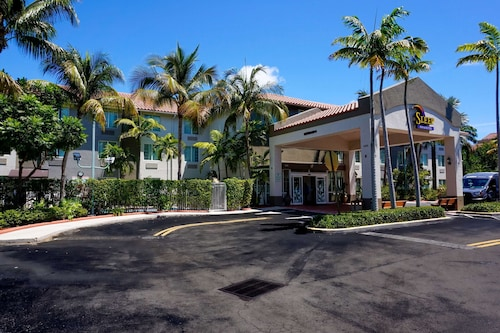 Sleep Inn & Suites Fort Lauderdale Airport