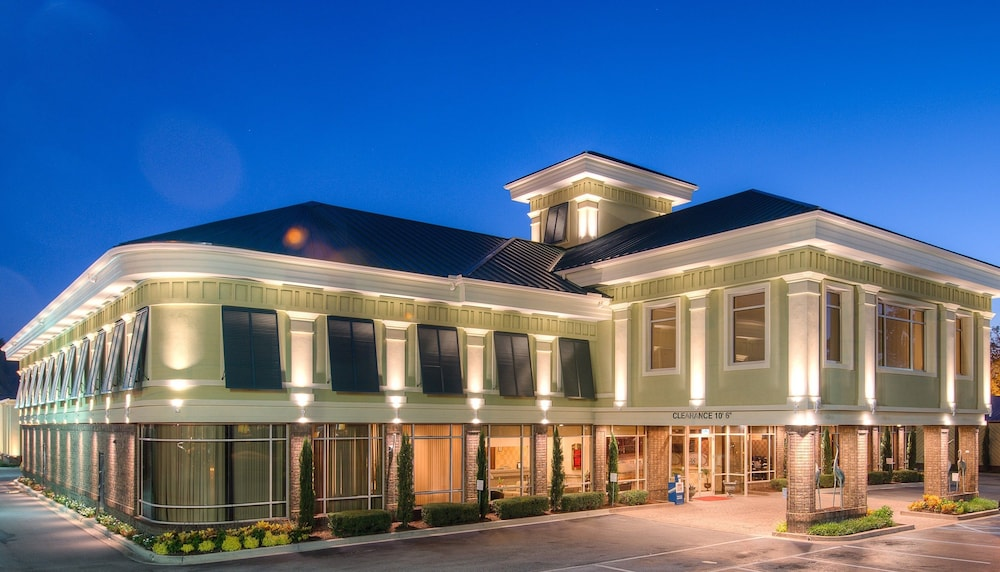 Featured Image, Town & Country Inn and Suites