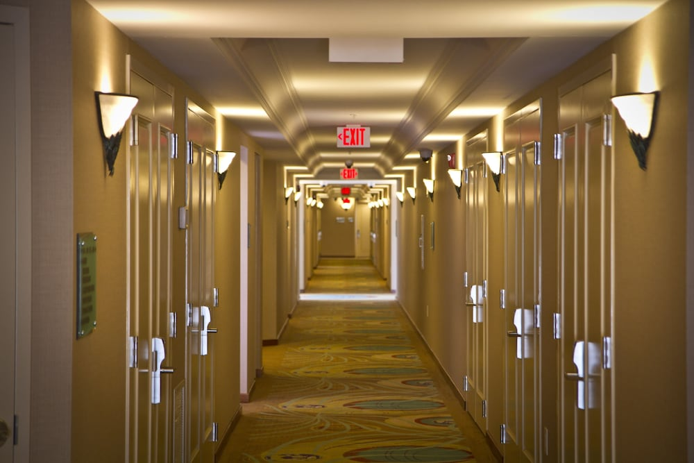 Hallway, Town & Country Inn and Suites