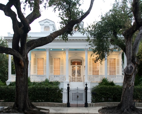 Great Place to stay Magnolia Mansion near New Orleans