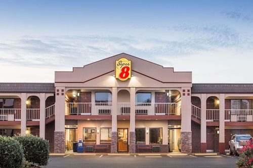 Super 8 by Wyndham Wytheville