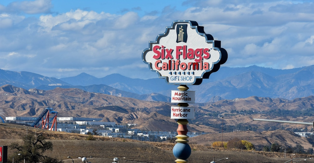 View from Property, Best Western Valencia/Six Flags Inn & Suites