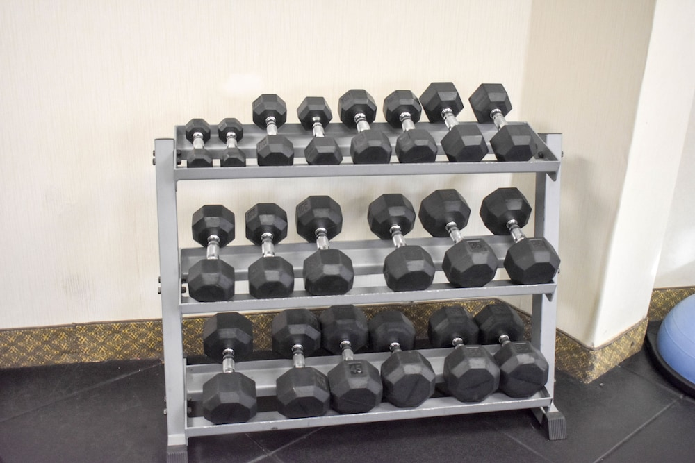 Fitness Facility, Best Western Valencia/Six Flags Inn & Suites