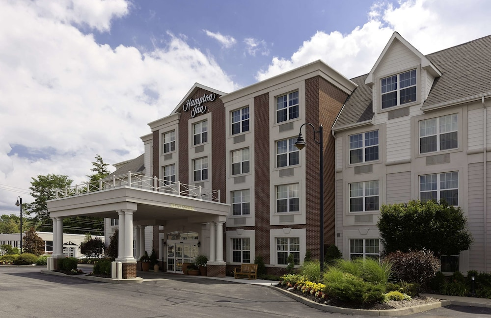 Exterior, Hampton Inn Buffalo-Williamsville