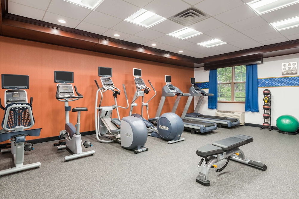 Fitness Facility, Hampton Inn Buffalo-Williamsville