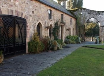 Property Grounds, Kinnitty Castle Hotel