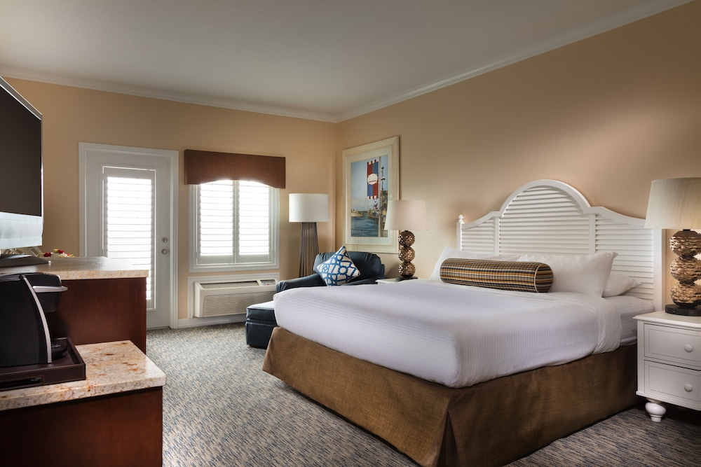 Room, Kemah Boardwalk Inn