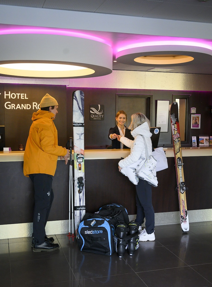 Skiing, Quality Hotel Grand Royal