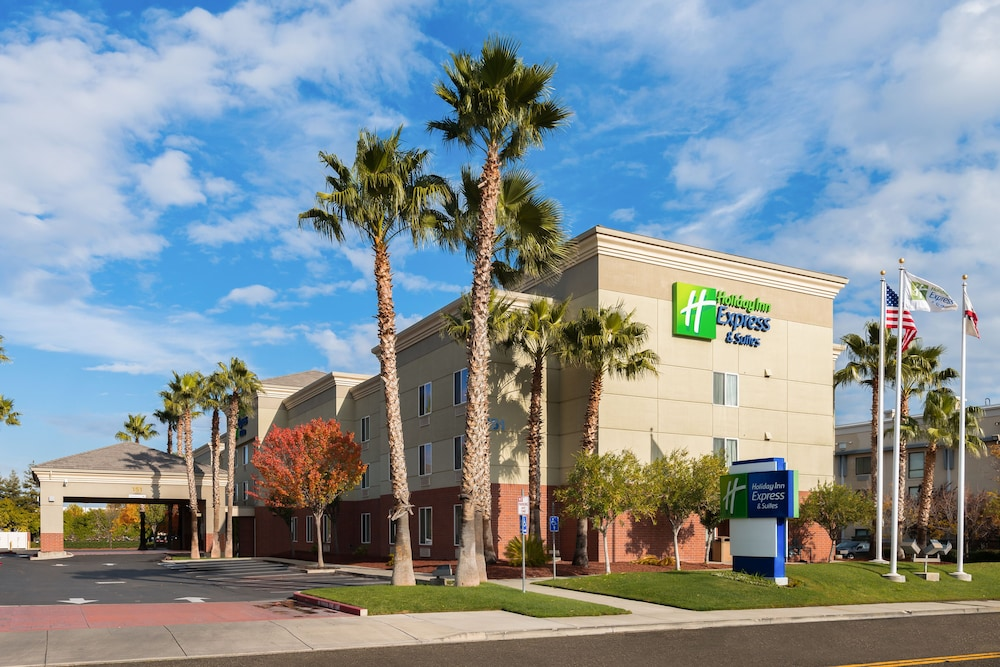 Featured Image, Holiday Inn Express Hotel & Suites Vacaville, an IHG Hotel