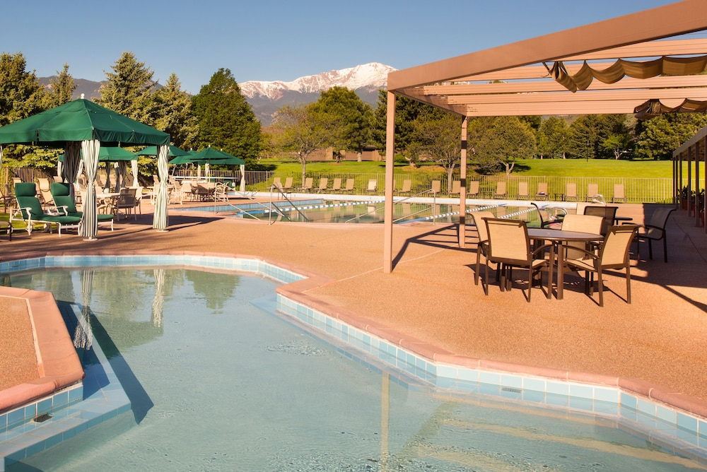 Children's Pool, Garden of the Gods Resort and Club