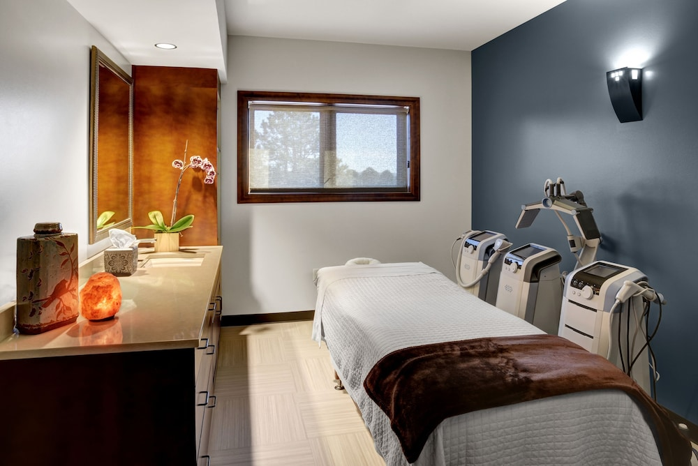 Treatment Room, Garden of the Gods Resort and Club