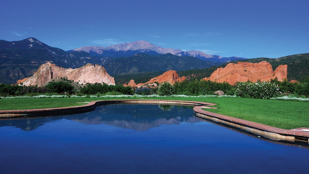 Pool, Garden of the Gods Resort and Club