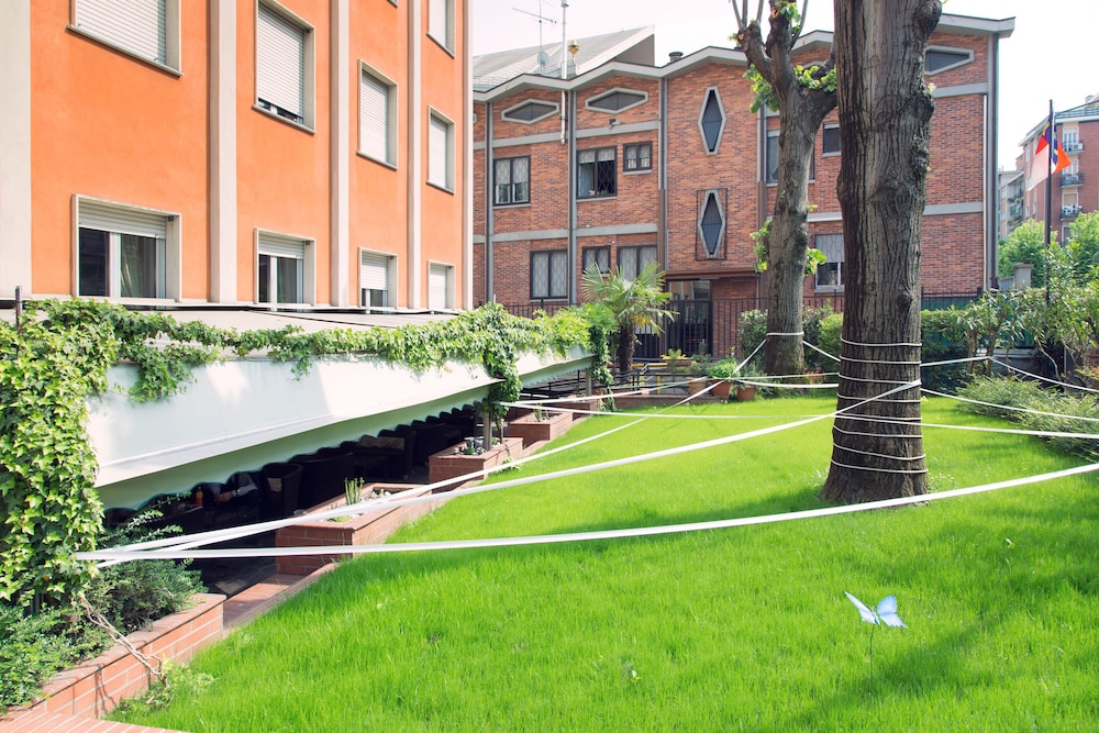 Eco Hotel La Residenza Milano Italia Expedia It